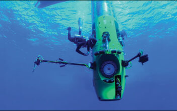 "Trailer Απο Το Ντοκυμαντέρ ""Deepsea Challenge 3D"""