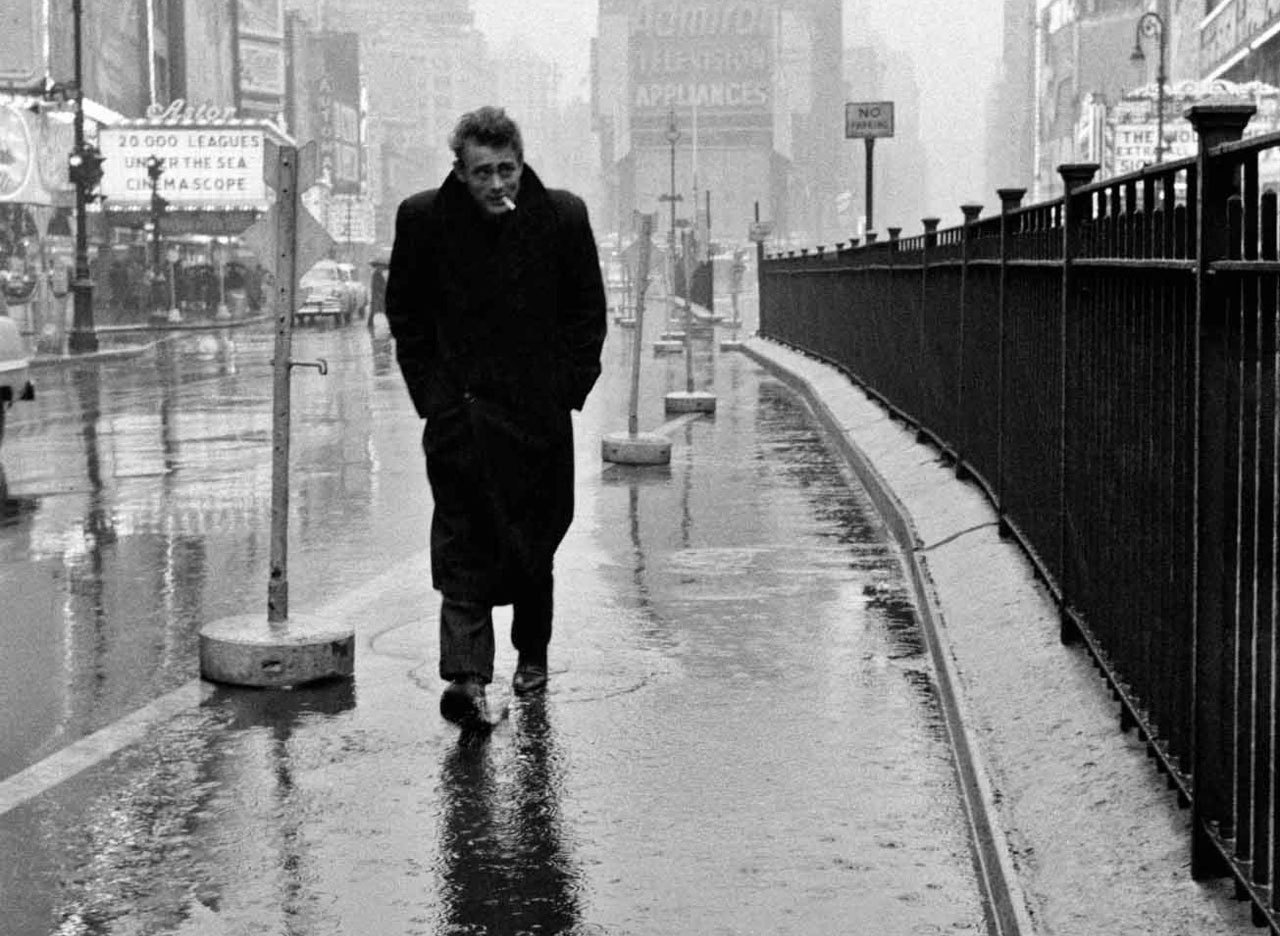 james-dean-on-times-square-dennis-stock