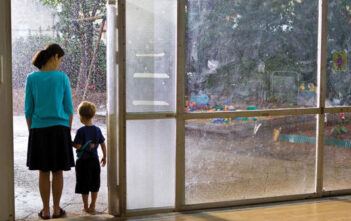 "Trailer Απο Το ""The Kindergarten Teacher"""