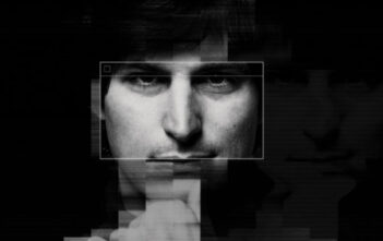 "Trailer Του Ντοκυμαντέρ ""Steve Jobs: The Man In The Machine"""