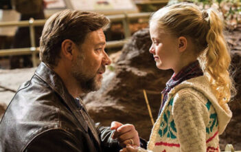 "Πρώτο Trailer Απο Το ""Fathers And Daughters"""