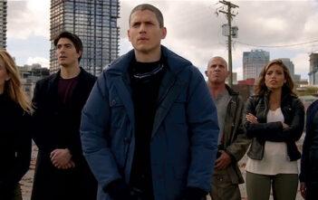 """Νέο Trailer Απο Το """"Legends of Tomorrow"""""""