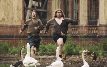 """Trailer Απο Το """"Men & Chicken"""""""