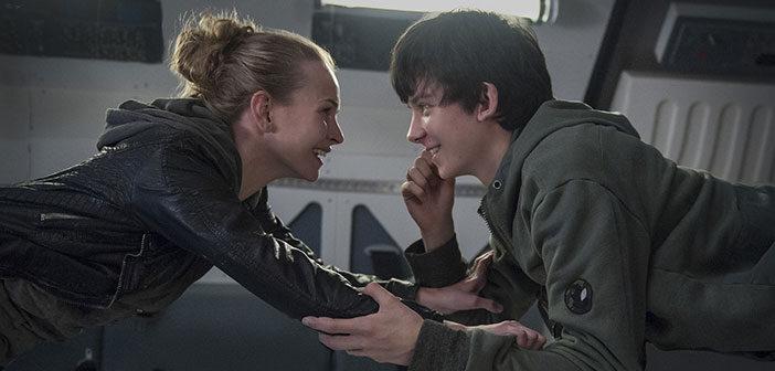"""Πρώτο Trailer Απο Το """"The Space Between Us"""""""