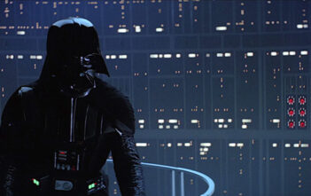 Ο Darth Vader Επιστρέφει Στο Σινεμά