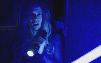 """Νέο Trailer Απο Το """"Lights Out"""""""