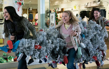 "Trailer Απο Το ""A Bad Moms Christmas"""