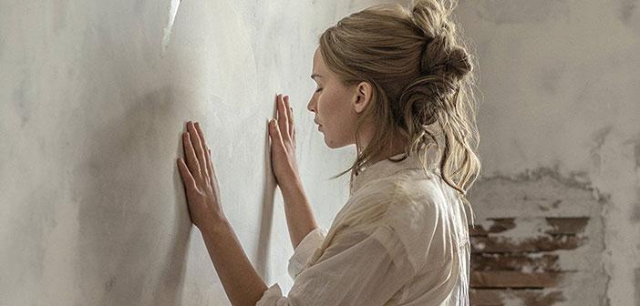 """Κριτική: """"Mother!"""" του Darren Aronofsky"""