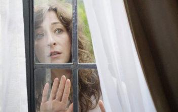 """Πρώτο Trailer Απο Το """"Clara's Ghost"""""""