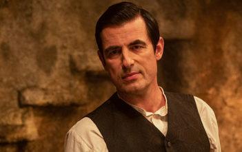 """Πρώτη Ματιά Στο """"Dracula"""" Των Netflix Και BBC"""