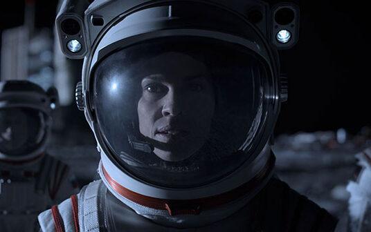 """Νέο Trailer Από Το """"Away"""" Του Netflix"""