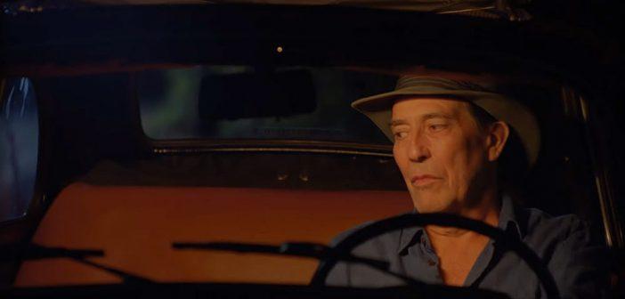 "Trailer Από Την Κωμωδία ""The Man in the Hat"""